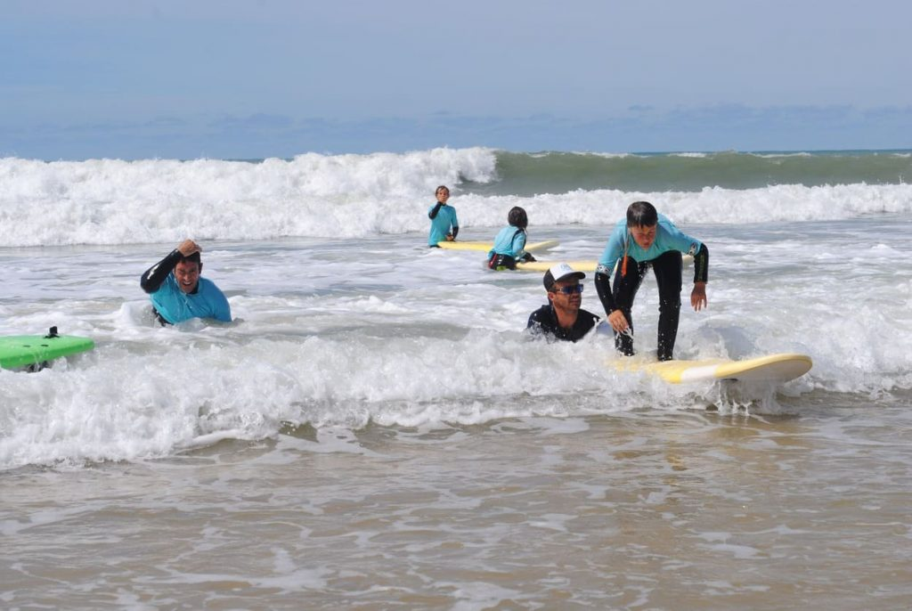Coach dans l'eau | Chill surf School Seignosse